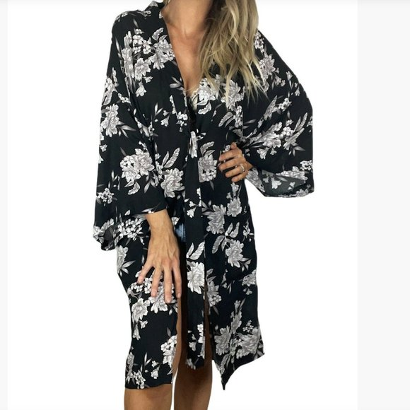SPIRITUAL GANGSTER Maya Kimono floral one size